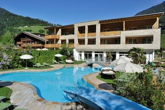 Hotel Stroblhof: Esterna piscina