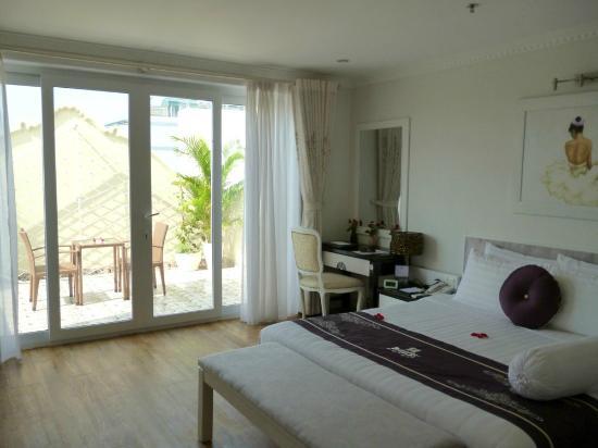 Hanoi Meracus Hotel 1: Room 601, Junior Suite, Hanoi Meracus