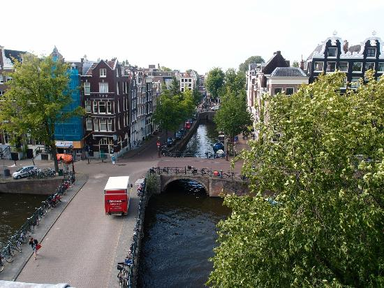 Hotel Brouwer: Singel Canal and Herenstraat