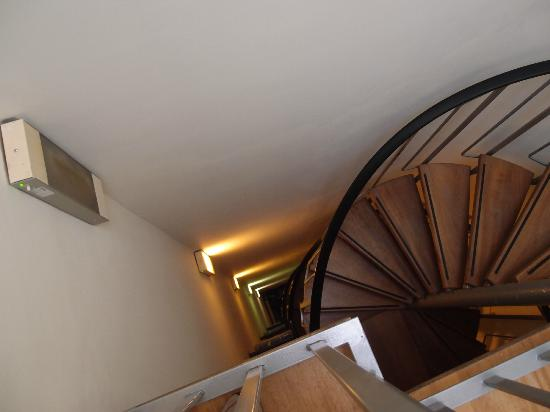 Hotel Brouwer: Spiral Staircase