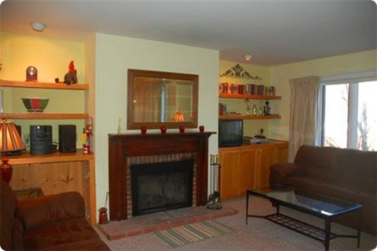 Sugarbush Village Condominums: Guest Room