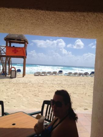CasaMagna Marriott Cancun Resort: outside dining!