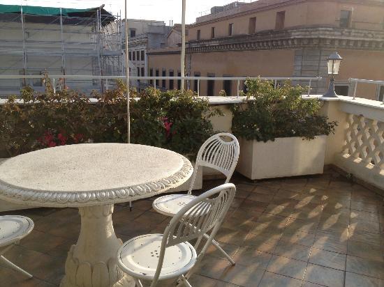 Hotel Regno: балкон в нашем номере