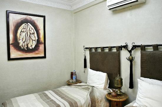 Riad Dar ATTIKA : Chambre beige