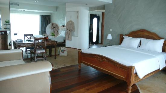 Cera Resort Chaam: ห้องนอนเลิศหรู