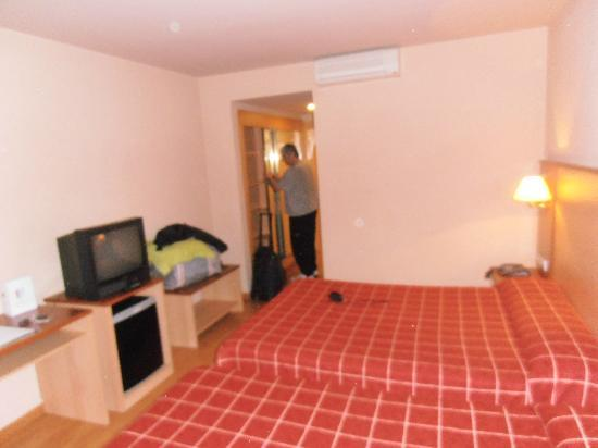 Hotel Andorra Center: 2 grands lits