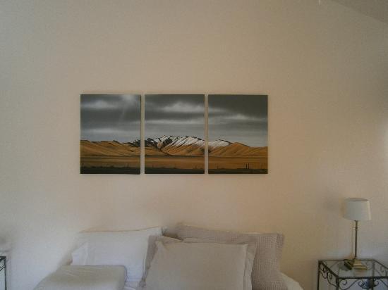 Heartland Lodge : Kamer met prachtig schilderij aan de wand