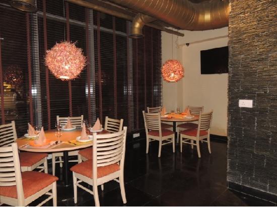 Chi Kitchen and Bar, Jangpura