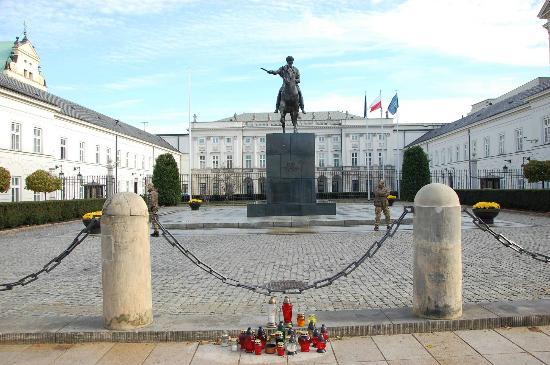 Presidential Palace (Palac Prezydencki): il palazzo