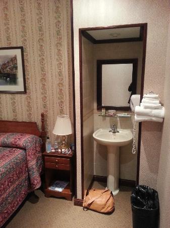 Hotel 17: chambre