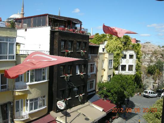 Tria Hotel Istanbul: 部屋からの眺め