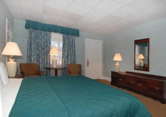 ‪‪Rodeway Inn Historic‬: Guest Room (OpenTravel Alliance - Guest room)‬