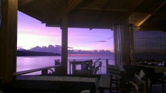 Savaii Lagoon Resort: sunset from the restaurant