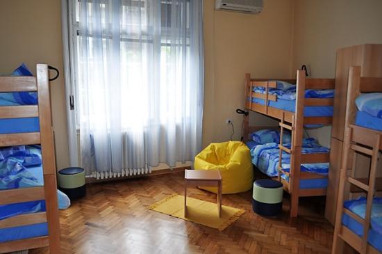 Habitat Hostel: 6 bed dorm
