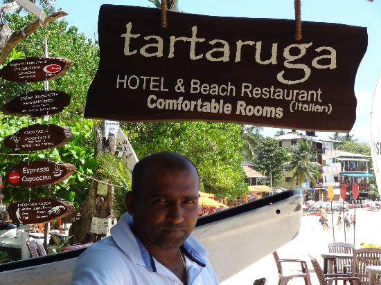 Tartaruga Hotel & Beach Restaurant: Shyam, one of the owner/brothers