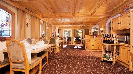 Hotel Des Alpes: Map