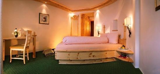Hotel Des Alpes: Z