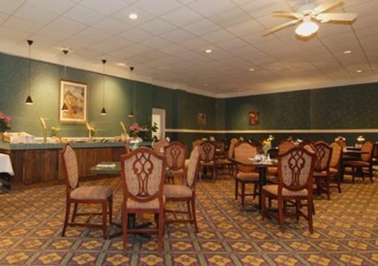 Econo Lodge: Breakfast seating