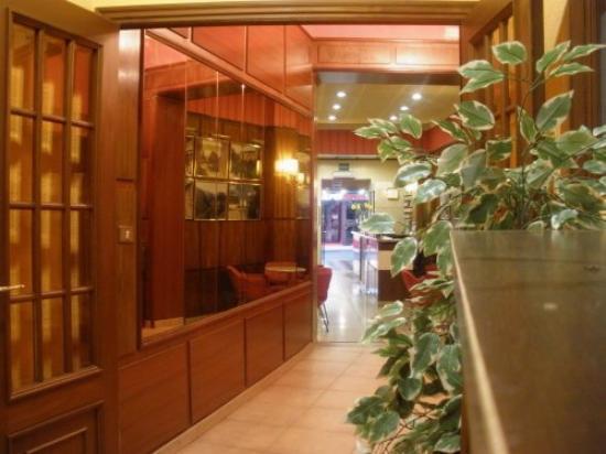 Hotel Madrid Bierzo: Interior
