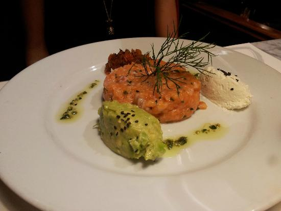 Cafe Oliver : tartare di salmone