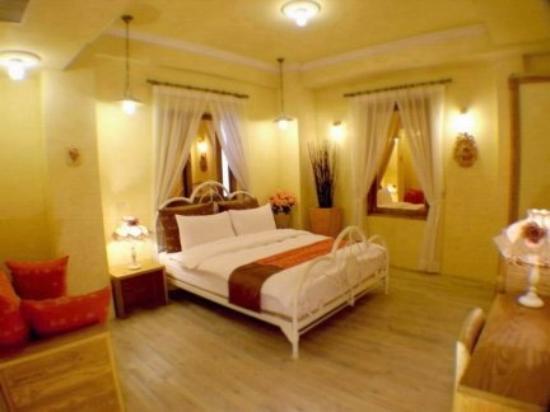 R&R Hotel