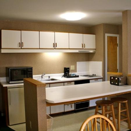 Killington Center Inn & Suites: KCStudio