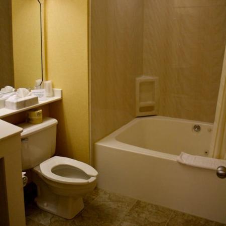 Killington Center Inn & Suites: KCStudio
