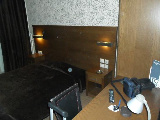 Rotonda Hotel: comfy bed