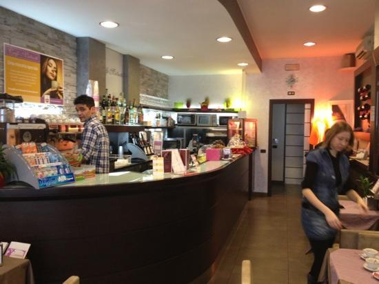 Treviglio, İtalya: caffè matteotti