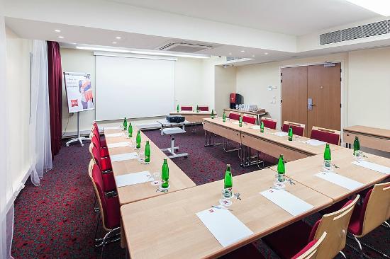 Ibis Praha Old Town: Meeting room