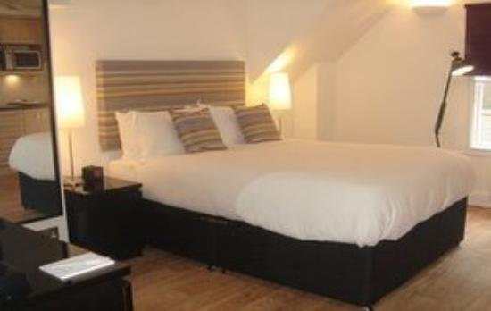 Clarendon Serviced Apartments - Barbican Studios: Rsz Barbican Bedroom