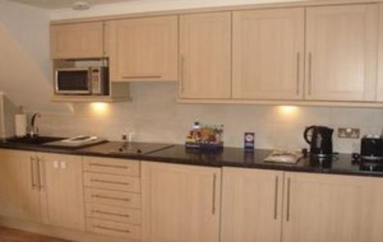 Clarendon Serviced Apartments - Barbican Studios: Rsz Barbican Kitchen