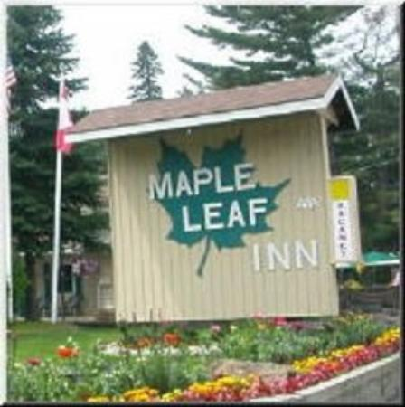 Maple Leaf Inn: Sign