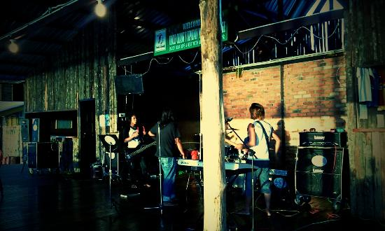 Uncle Chang's Sipadan Mabul Dive Lodge: Live band (on demand and weekend)