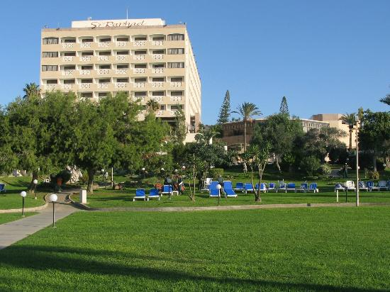 St Raphael Resort: HOTEL AND GROUNDS