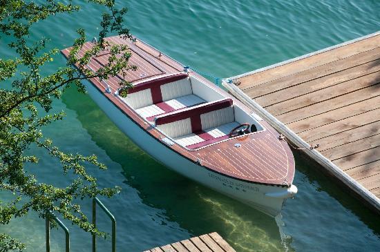 Landhaus zu Appesbach: Elektroboot
