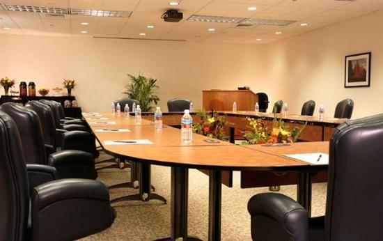 CenturyLink Conference Center: MQLCCExecutive Board Room