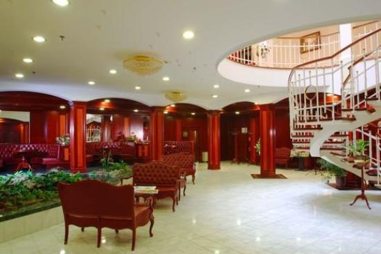 Hotel na Kazachyem: Lobby
