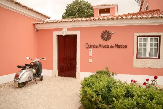Quinta Alves de Matos: Entrance