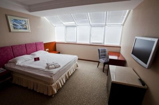 Renion Residence Hotel: Suite