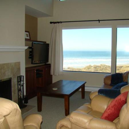 Pajaro Dunes Condominiums & Resort: Living Room View