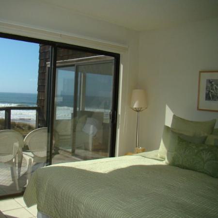 Pajaro Dunes Condominiums & Resort: Master Bedroom WView