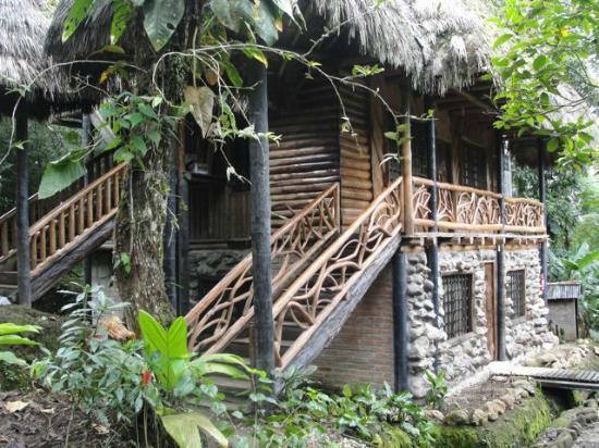 Hosteria Flor de Canela: Rustic, jungly, but comfy and fun