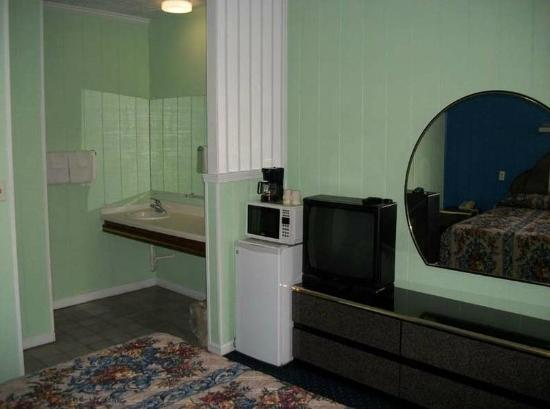 Rodeway Inn : Room