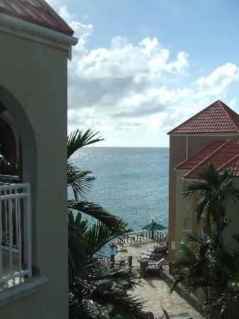 Divi Little Bay Beach Resort : Balcony view