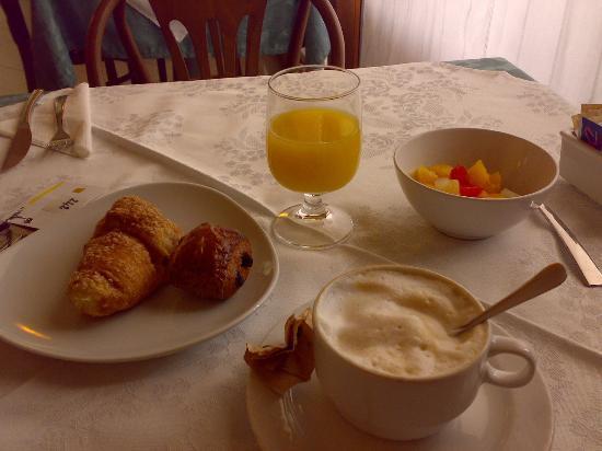 Cris Hotel: sala della colazione