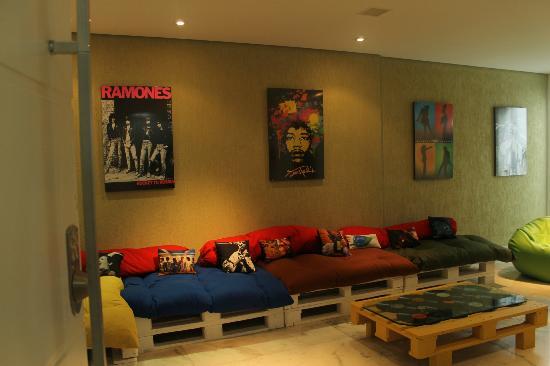 Ginga Hostel: Sala de estar