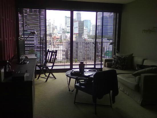 Tenface Bangkok: angolo divani