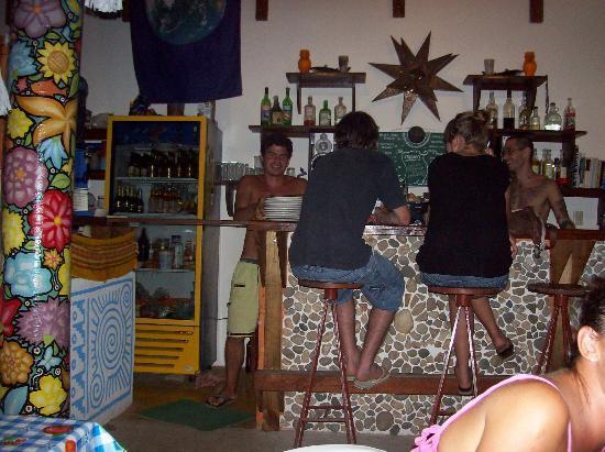 Osa Mariposa Hotelito : stocked bar