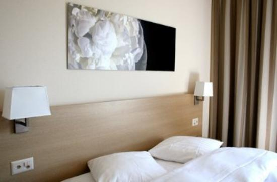 Starling Residence Geneve: Guest Room